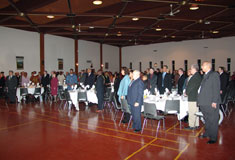 A standing ovation for 2005 Black Community Leadership Award recipient J. Lyle Browning, 26/02/2005